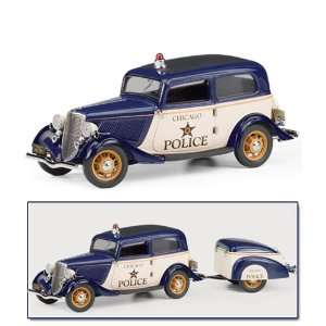 Franklin Mint 1933 Ford Tudor Police with Trailer Model Car