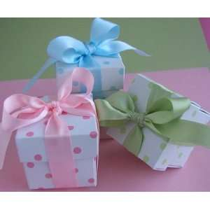Polka Dot Favor Boxes with Ribbon   Set of 10 Health