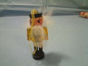 VINTAGE WOOD WOODEN TOY SOLDIER CHRISTMAS ORNAMENT