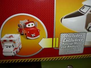 Disney Cars Carry Case   Rescue Squad Helicopter   2 Exclusive Cars
